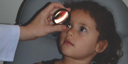 exame de vista em crianças - fundoscopia