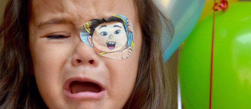 entenda porque a criança não quer usar tampão ocular