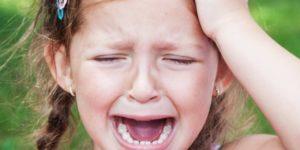bater a cabeça forte requer exames específicos de avaliação visual