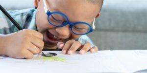 dicas de materiais escolares para escolares com baixa visão